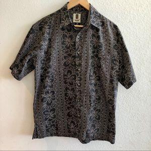 Tori Richard, Sz M, Black pattern Aloha shirt